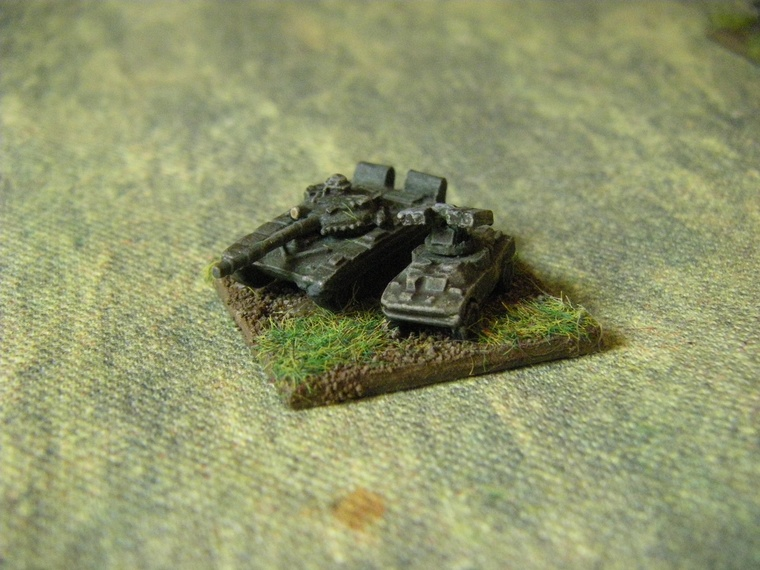 1/300th Scale Modern Polish Heroics and Ros T72 code SM03